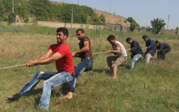 مسابقه طناب کشی در مرکز آموزش فنی و حرفه ای شهید هاشمی نژاد بهشهر